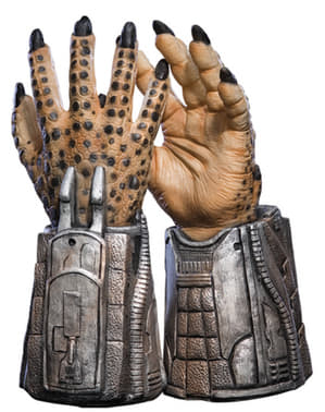 Kids Predator Alien vs Predator hands