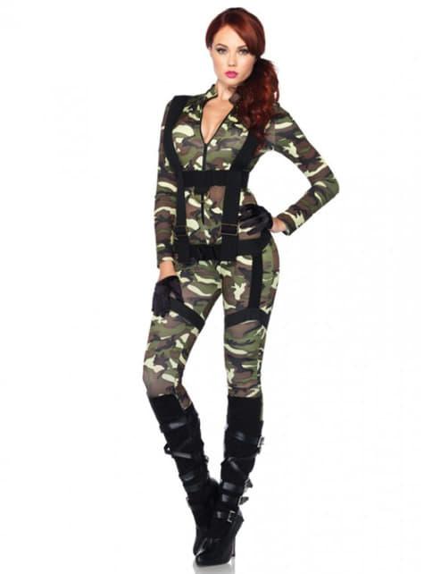 Katonai ejtőernyős ruha egy nőnek