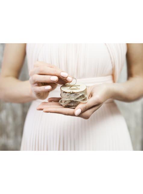 Porta alianzas tronco de madera con lazo de rafia - Rustic Wedding - comprar