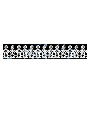 Scary skeletons garland