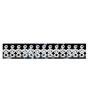 Страшни гирлянди от скелети
