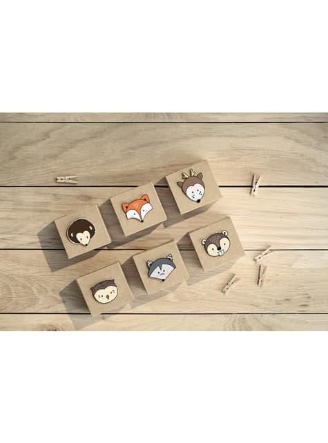 20 pinzas decorativas de madera (3 cm)  - para tus fiestas