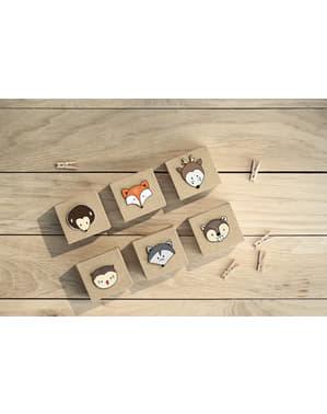 20 pinces décoratives de 3 cm en bois