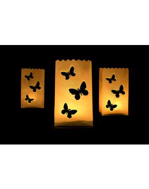 10 kynttiläkassia stanssatuilla perhosilla