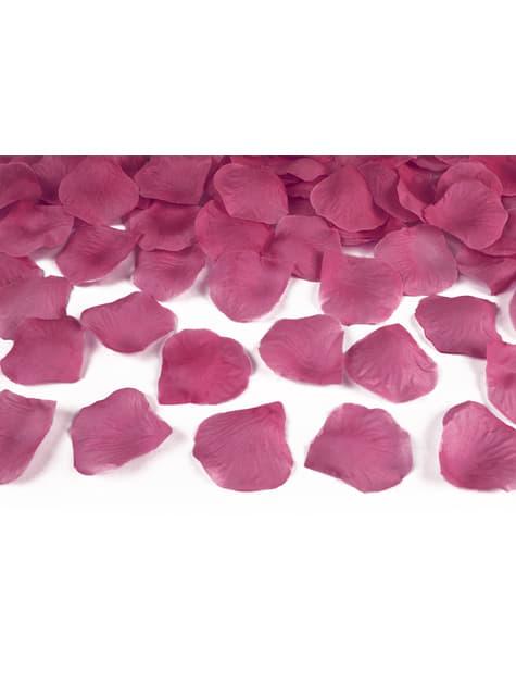 100 pétales de roses roses