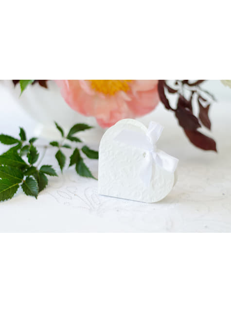10 Heart-Shaped Favor Boxes, White