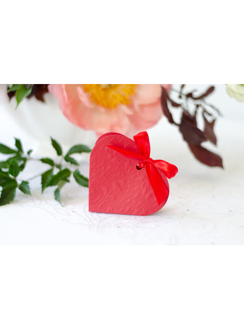10 boîtes cadeaux rouges en forme de cœur