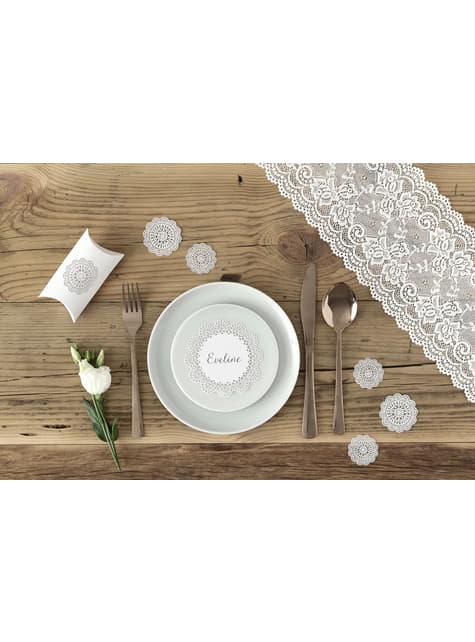 10 valkoista lahjalaatikkoa koristeellisella paperiviuhkalla - Rustic Collection