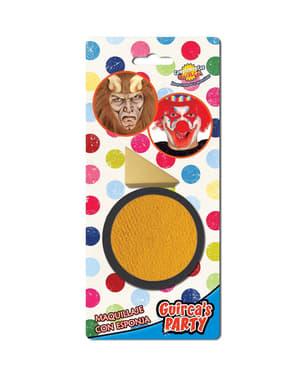 Maquillaje color amarillo con esponja