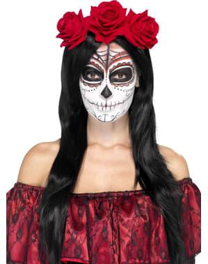 Hari ikat kepala mati dengan bunga mawar untuk seorang wanita