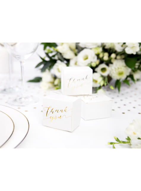 10 białe pudełka na upominki ze złotym napisem
