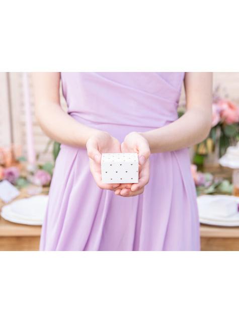 conjunto de 10  caixas de presente brancas com corações  rosa dourados
