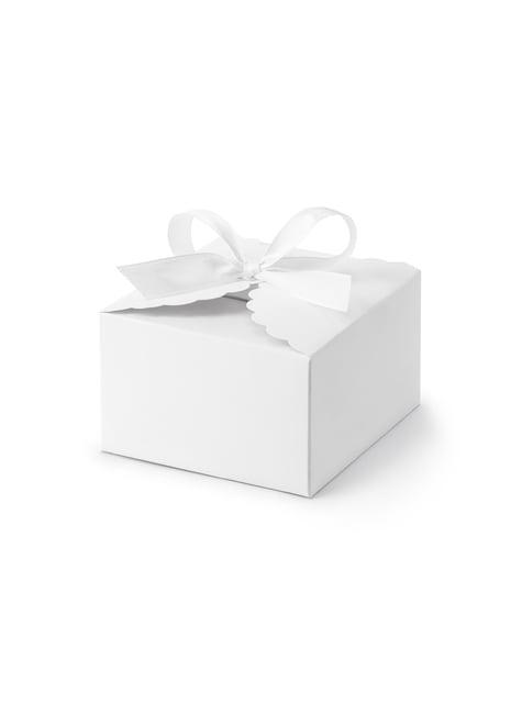 10 białe pudełka na upominki z zaokrąglonymi krawędziami
