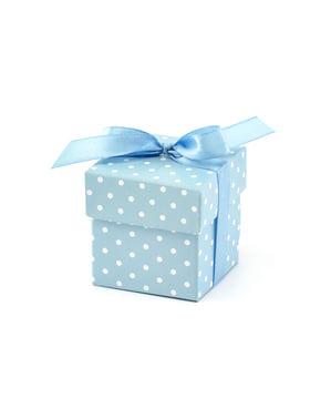 Sett med 10 gavebokser i blå med hvite polka prikker