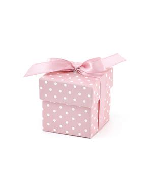 Sett med 10 gavebokser i rosa med hvite polka prikker