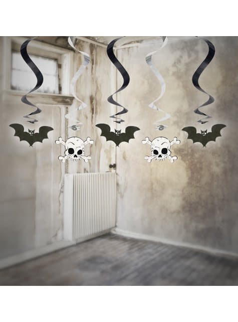 5 hanging spirals in black with bats and skulls - Halloween