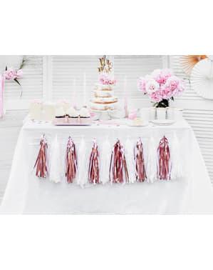 Guirlande med rosaguld kvaster