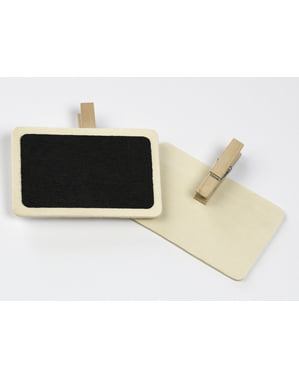 2 decorative blackboards with pegs