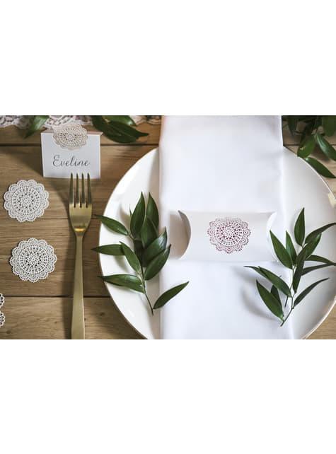 10 Segnaposto da tavola con intaglio decorativo