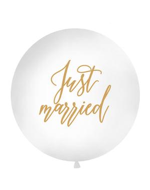 """विशाल """"बस शादीशुदा"""" गुब्बारे सफेद में"""