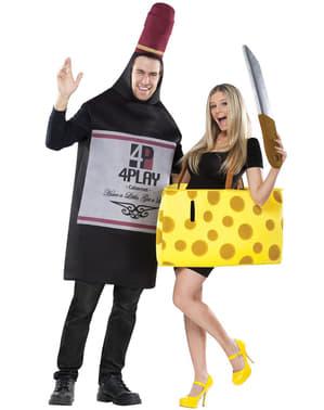 Вино і сирний костюм для двох