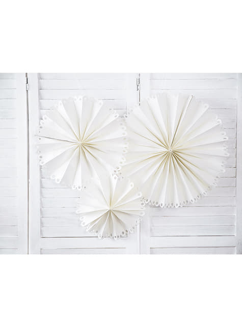 3 Decoratieve papieren waaiers in het wit