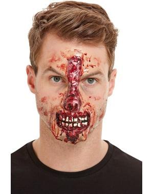 Prothèse en latex blessée sur le nez adulte