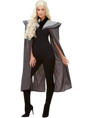 女性のためのドラゴン女王ケープ