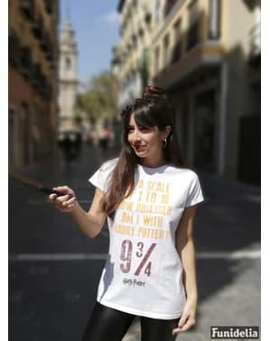 हैरी पॉटर ने महिलाओं के लिए टी-शर्ट का अवलोकन किया