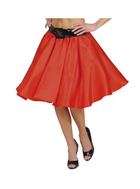 スリップとレディースレッドサテンスカート