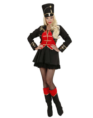 Жіночий Лев Тамерний костюм