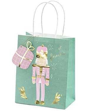 3 коледни подаръчни торбички в пастелни цветове
