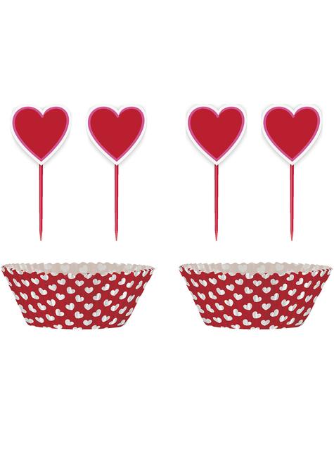 24 Cápsulas de cupcake + 24 toppers de corazón