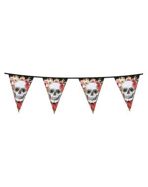 Grinalda de bandeirolas com esqueletos e flores