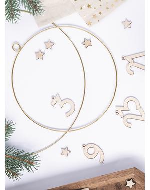 2 golden metal decorative rings