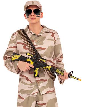 Maschinenpistole in Tarnfarben