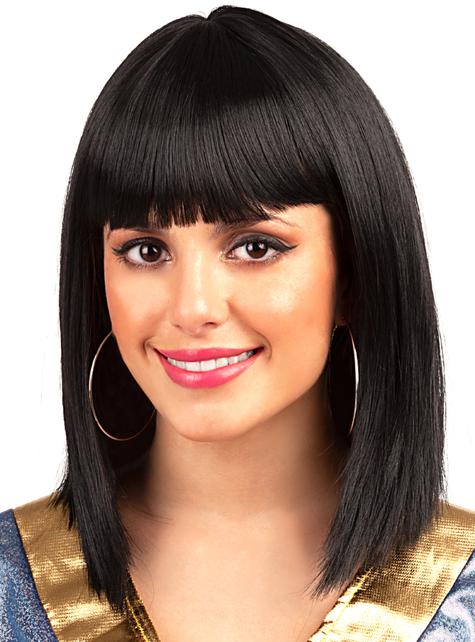 Short black wig with fringe