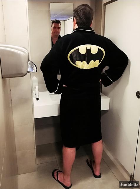 Albornoz de Batman para hombre