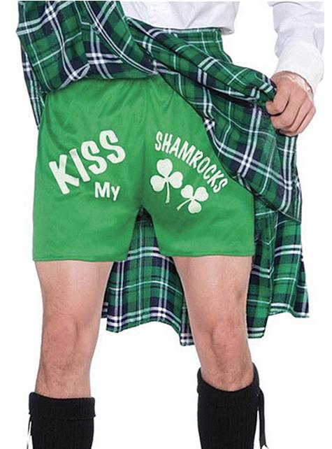 Fato de escocês beija os meus trevos