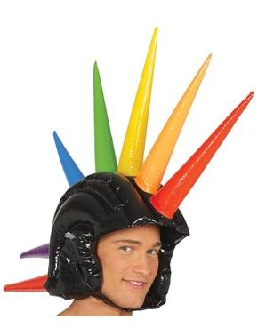 Hjelm med flerfargede oppblåsbare pigger