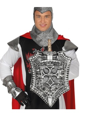 Tarcza średniowieczna i srebrny miecz