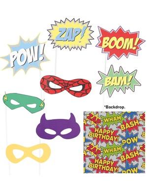 9 kpl pakkaus Supersankari -koristeita ja taustakangas kuvausrekvisiitaksi