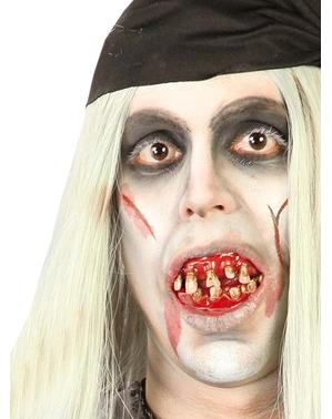 Umělé pirátské zuby krvavé