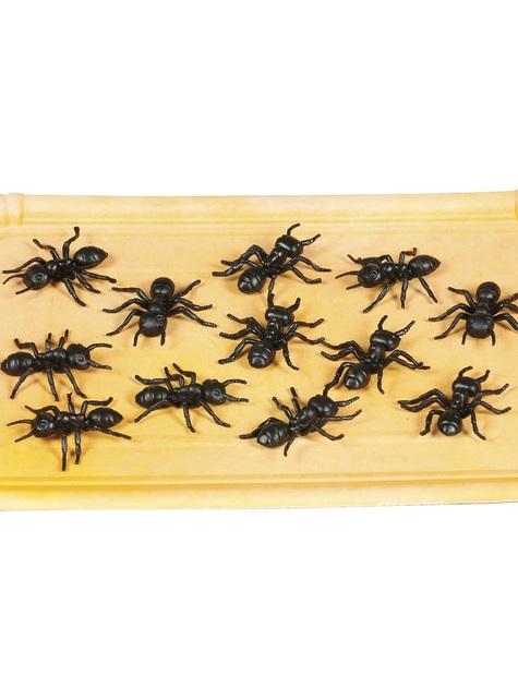 12 kpl pakkaus koristehämähäkkejä