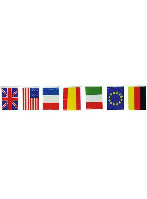Велика гірлянда з міжнародних прапорів, 50 метрів