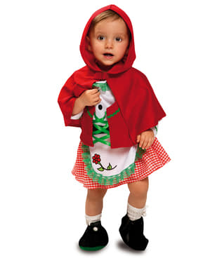Очарователна малка червена шапчица на бебето
