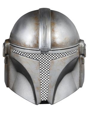 В Mandalorian маска за възрастни