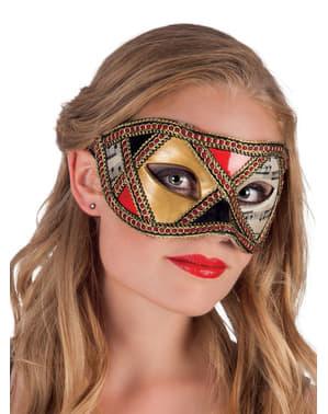 女性のエレガントなベネチアンカーニバルマスク