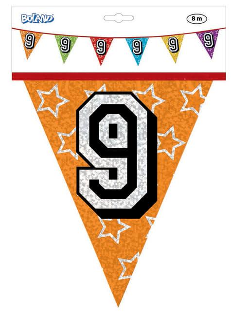 Bandeirolas com número 9