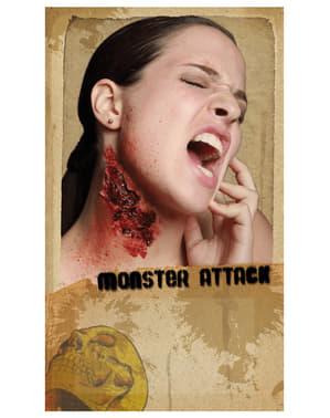 Lateksowa proteza atak potwora